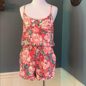 Forever 21 Floral Shorts Romper Pockets Medium